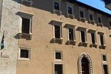 L'Aquila antifascista dice no a Casapound nella sede del Comune